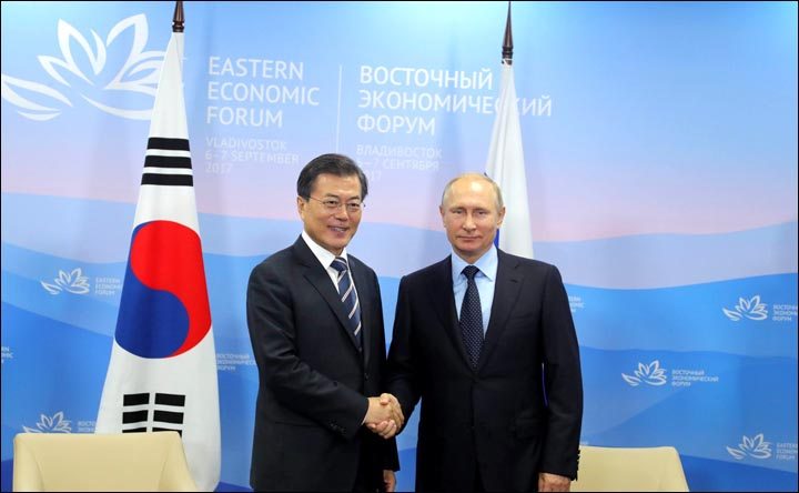 Vladimir Putin and Moon Jae-in