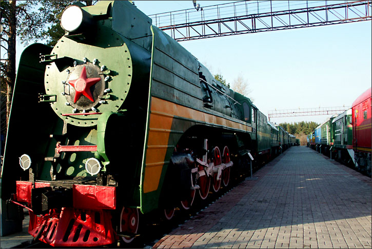 what are the best places in Novosibirsk, whats not to miss in Novosibirsk, must see in Novosibirsk, what to see in Novosibirsk, what is Novosibirsk Zoo, where is Novosibirsk train museum