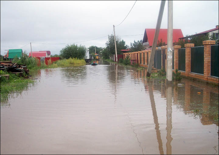 Vladimirovka village flooding 2013