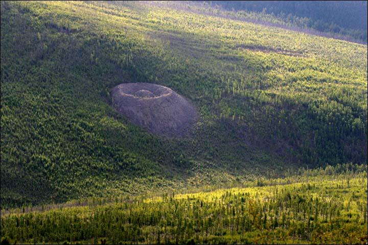Patom crater, Irkutsk region