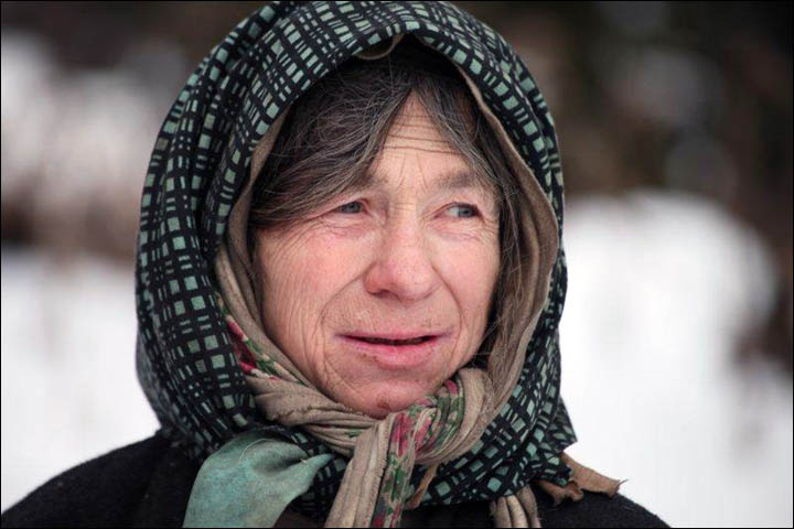 Emergency services arrive to save life of hermit Agafiya Lykova, Russia's loneliest woman
