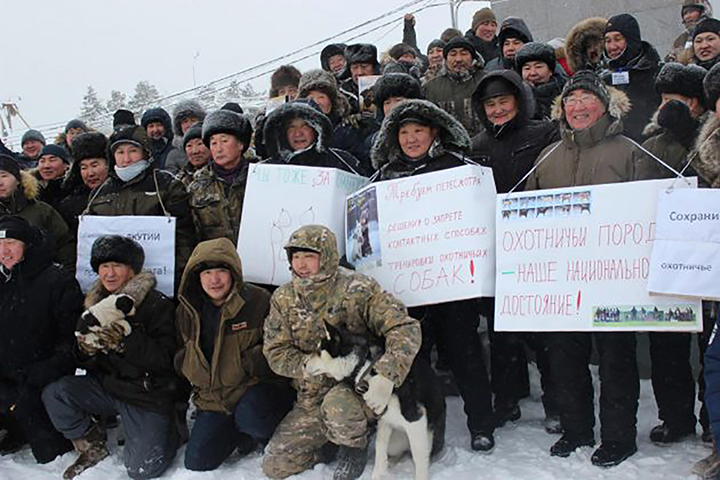 Hunters around Russia rally against proposed  ban on bear baiting