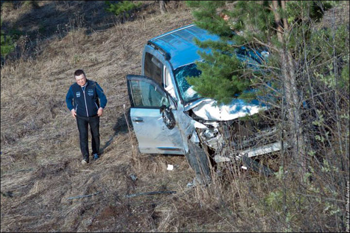 Yury Movshin at the crash scene