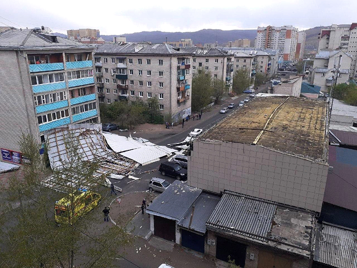 Roofs ripped off dozens of buildings, including maternity hospital by stormy wind in Chita