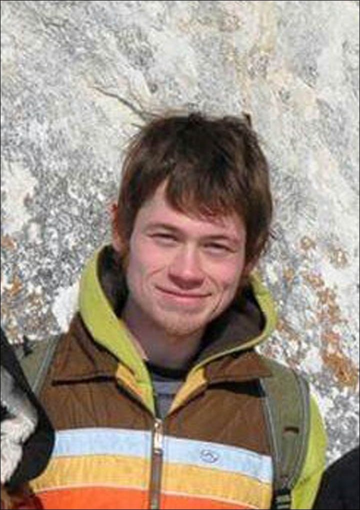 25yo Missourian Colin Madsen is #missing in Siberia