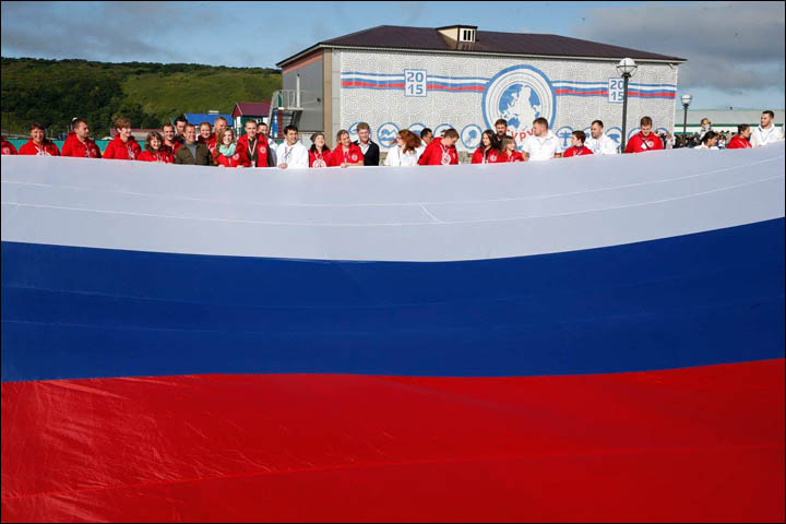 Russia rebuffs Japanese protest over prime minister's visit to Kuril Islands