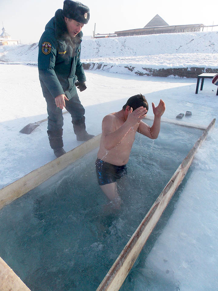 Faith conquers the cold: across Siberia, Russians mark Orthodox Epiphany