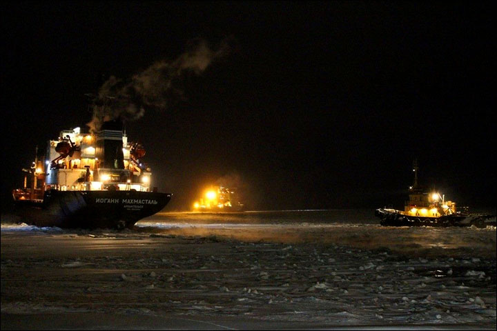 Icebreakers make historic Arctic voyage, then get stuck in frozen sea on return journey
