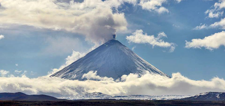 Awesome volcanic showtime at Klyuchevskaya Sopka in Kamchatka