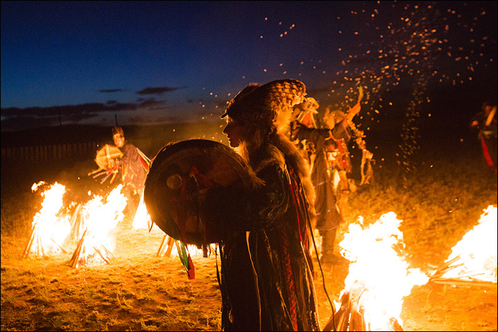 Siberian shamans throw a victory ritual to support Russian football team