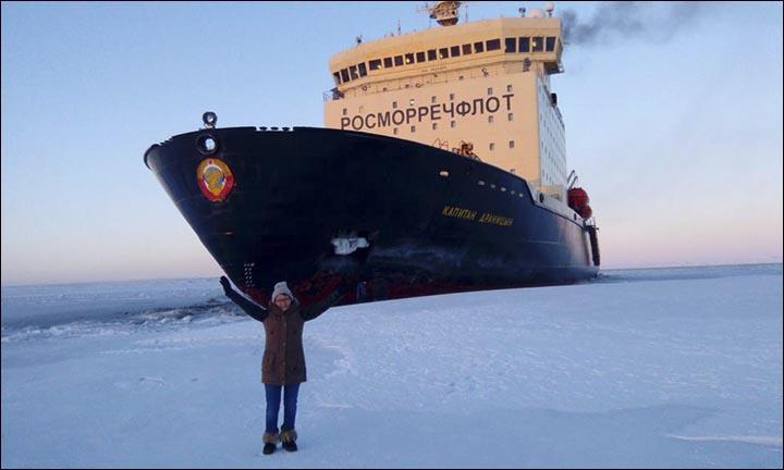 Selfie with icebreaker