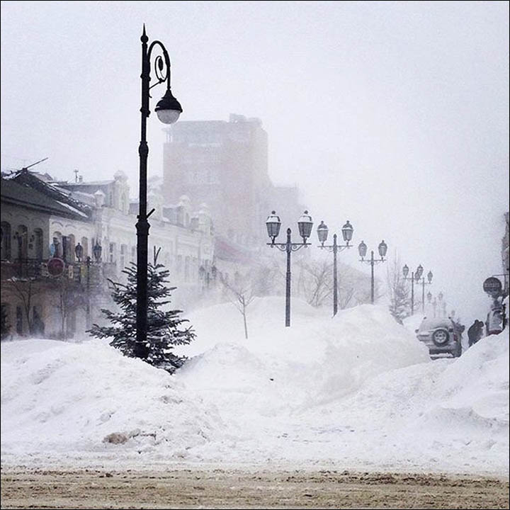 Snow storm in Vladivostok