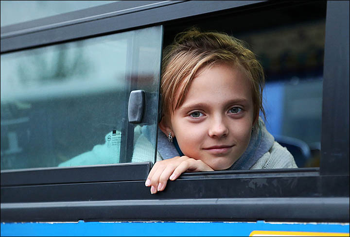 Hundreds of Ukrainian war refugees welcomed in Irkutsk to start new life