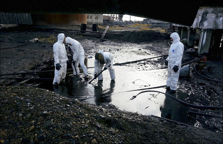 Oil spill in Yakutia