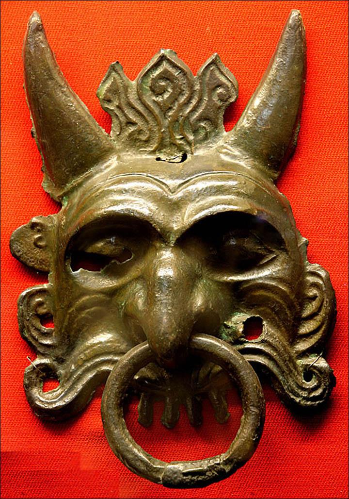 Bronze horney mask