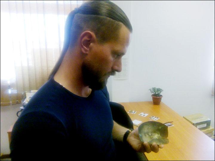 Persian bronze cup