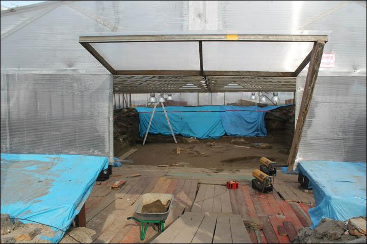 Excavations on Afontova gora in winter time