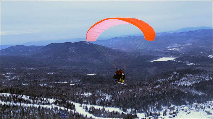 Four on paraglider in Sheregesh