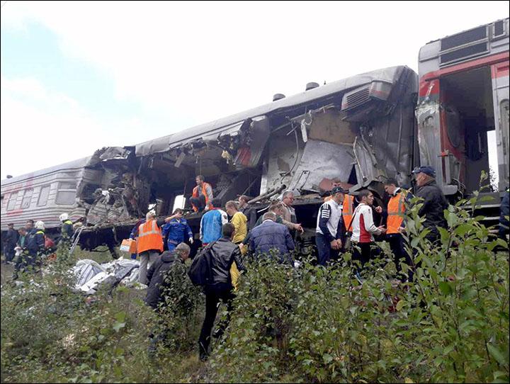 Train crash in Siberia leaves at least 17 injured including 3 childrenTrain crash in Siberia leaves at least 17 injured including 3 children