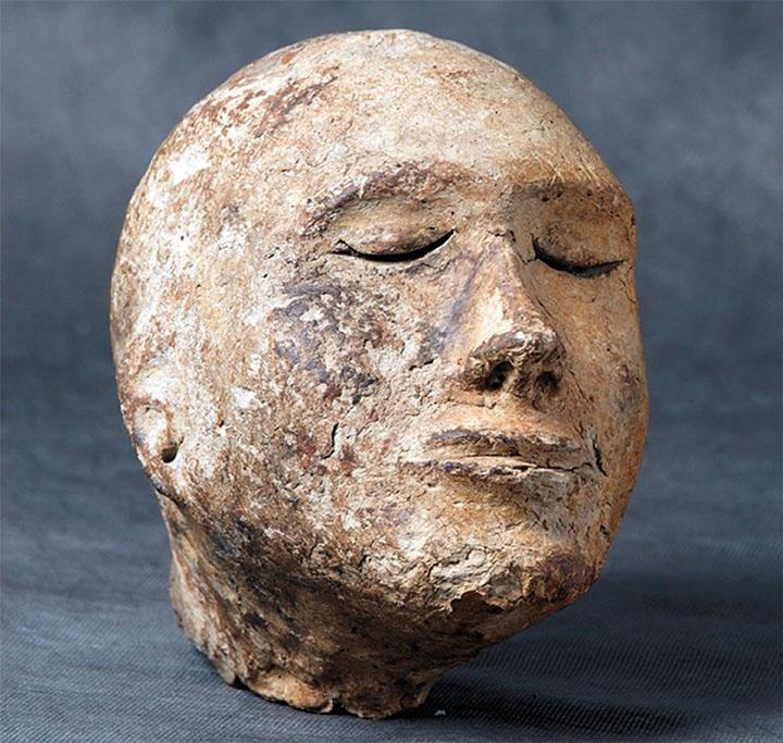 Clay head from Shestakovo burial