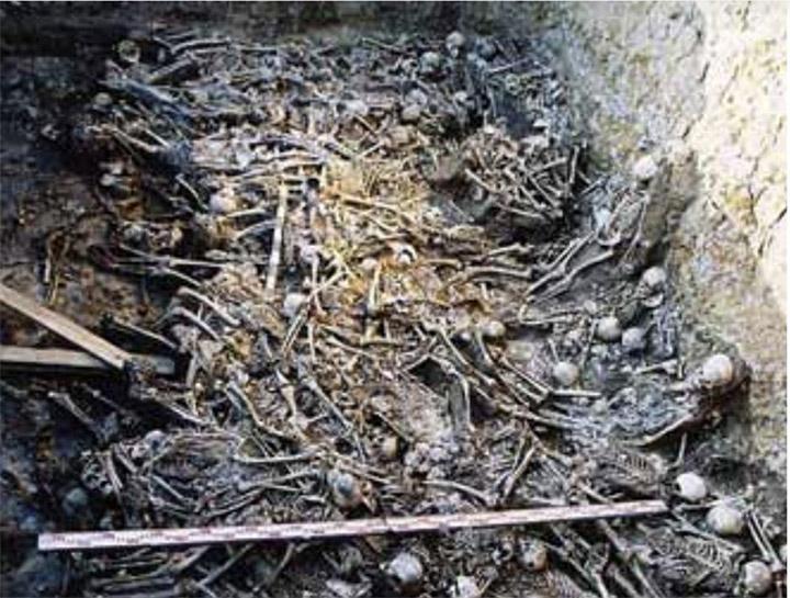 200 mummified bodies in burial mound at Belaya Gora